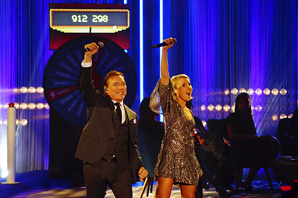 Christer Sjögren sjöng duett tillsammans med Elisa under Bingolottos 25-års jubileum. Foto: Peter Ahlborg