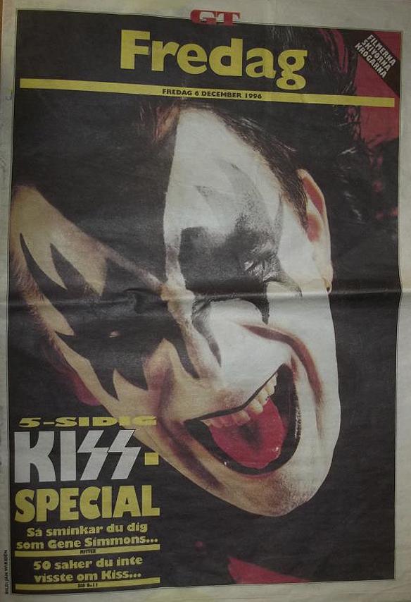"""Peter Ahlborg har skrivit mång artiklar om Kiss i tidningar. Här skriver han för GT 1996, """"50 saker du inte visste om Kiss"""". Foto: Peter Ahlborg"""