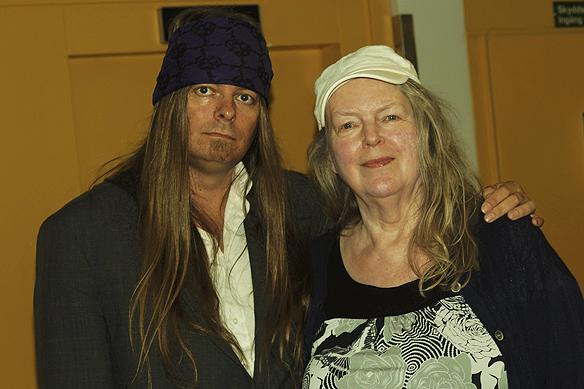 Igår den 20 augusti 2017 fyllde min mamma Ingrid Karlsson 78 år. På bilden syns Peter Ahlborg och Ingrid Karlsson. Foto Tony Lönnqvist