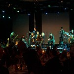 Bandet Legends of pop framförde klassiska låtar av Michael Jackson på Clarion Post