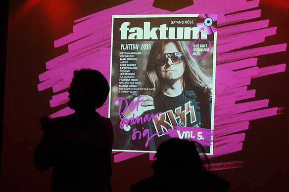 Peter Ahlborg är omslagspojke till Faktum-Plattan, Det ordnar sig vol 5. Foto: Peter Ahlborg