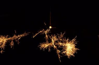 Senko-hanabi firework.