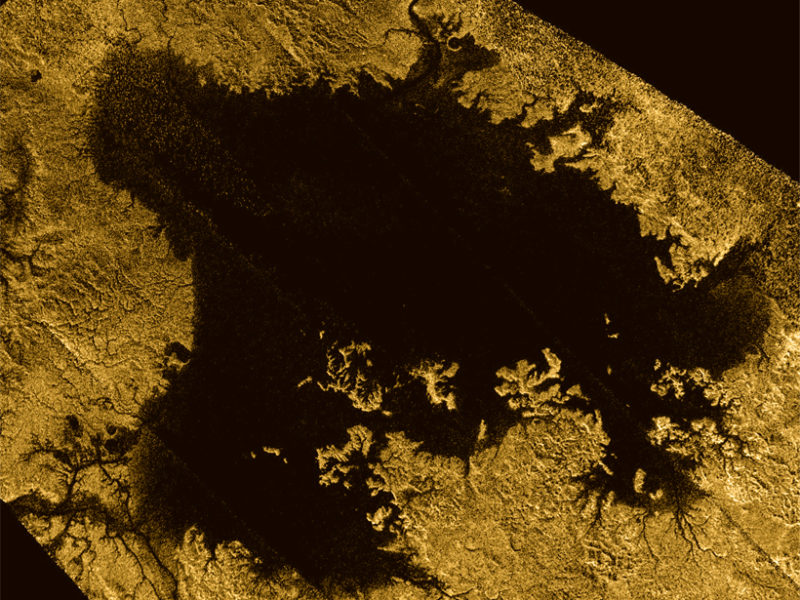 Titan's Ligeia Mare, the moon's second largest liquid body, has no obvious river deltas. Photo by NASA/JPL-Caltech/ASI/Cornell.