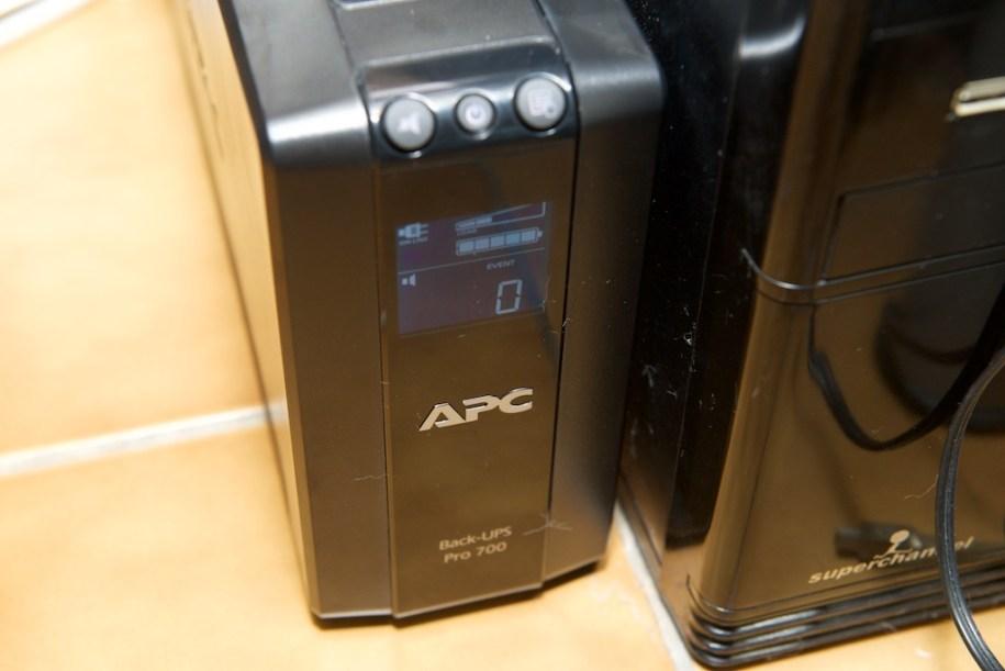 APC BACK UPS 700 事件數
