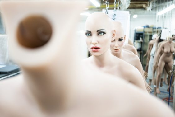 Νέα σεξ ρομπότ με ρύθμιση «Ψυχρή» επιτρέπουν στους άντρες να αναπαραστήσουν βιασμό