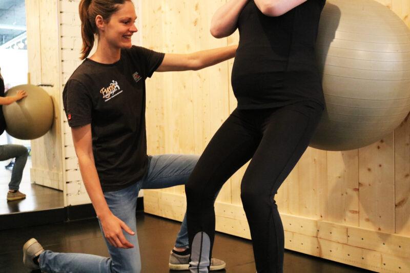 oefening Mama Fitness_Fysio 4 Den Bosch