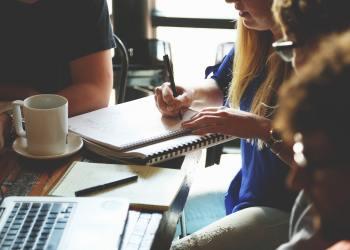KuriousMinds Teaches Students About the Business World