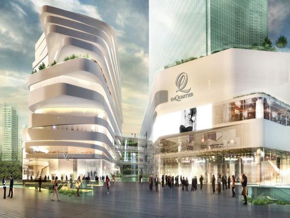 バンコク・プロンポン駅前のエムクアティア