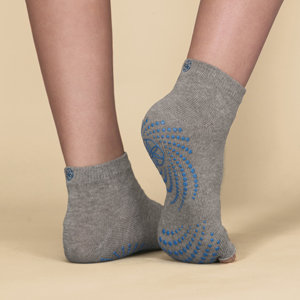 In-Use Gaiam Toeless Grippy Yoga Socks