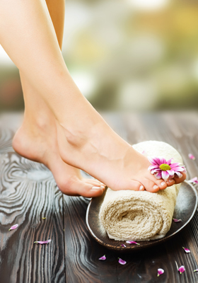Laser Toenail-Fungus Treatment
