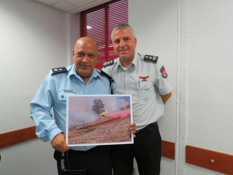 בהוקרה למפקד צפת היוצא: יאיר אלקיים מפקד שירותי כבאות גליל גולן הודה על שיתוף הפעולה.