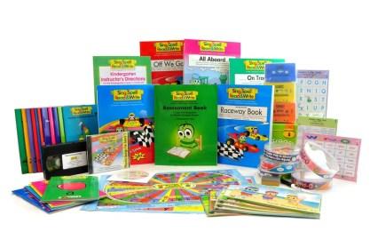 Sing, Spell, Read & Write, Kindergarten/Level 1 Combo Kit