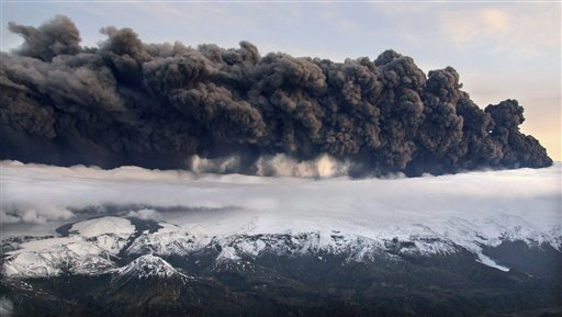 A cloud of volcanic dust may pose a threat to air traffic