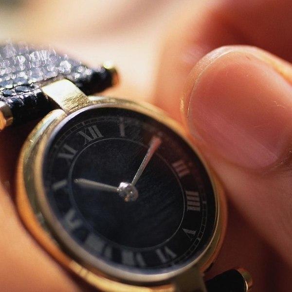 Sådan får du et batteri i armbåndsure