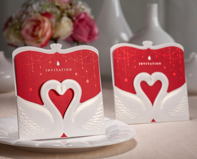 100pcs Red Fancy Wedding Invitation Card Party Favor Decoration Heart Shape Place Laser Cut