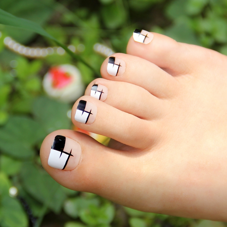 White Nail Art Designs For Toe Nails View Images