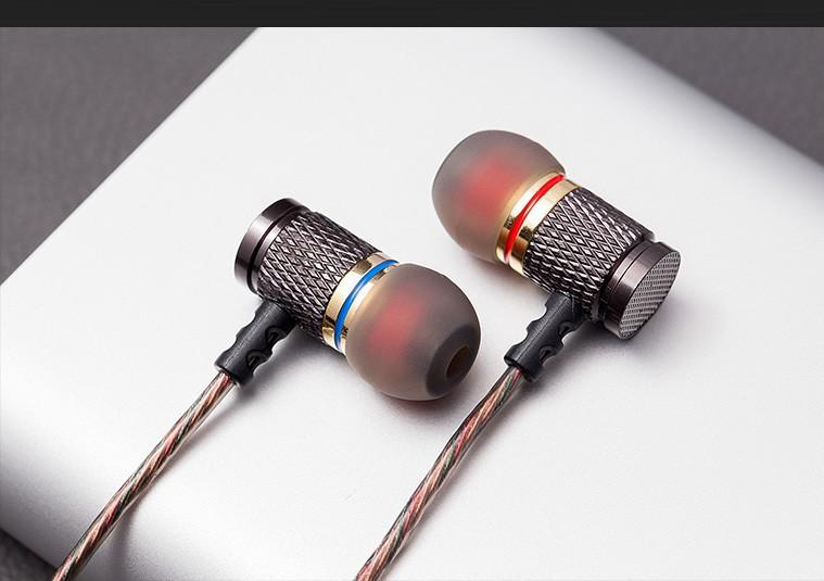 משלוח חינם KZ-ED2 חובב באס האוזן אוזניות נחושת זיוף 7MM מזעזע נגד רעש מיקרופון איכות הצליל