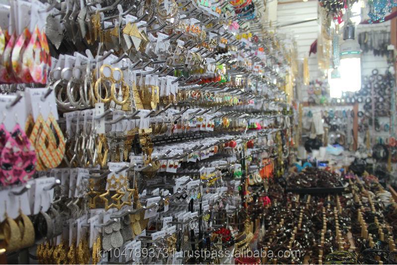Namdaemun Wholesale Accessory Market In KoreaPurchasing