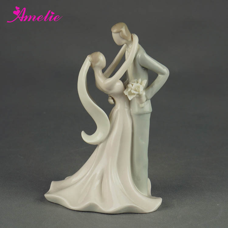 A07379 Stock Market Porcelain Bride Groom Wedding Doll Cake Topper     11  1  jpg