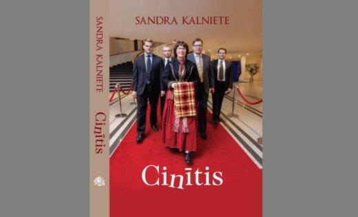 Atvērs Sandras Kalnietes jaunāko grāmatu – atmiņu krājumu 'Cinītis'