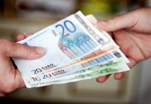 'SEB banka' uzņēmējiem piegādās 65 tonnas eiro monētu; 'Swedbank' gandrīz 5000 pasūtījumi