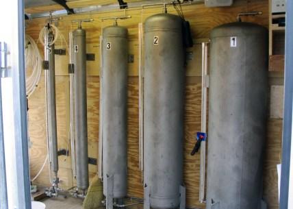 packer testing equipment pressure tanks