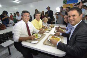 Foto de Flávio Dino inaugura o 22º Restaurante Popular no Maranhão