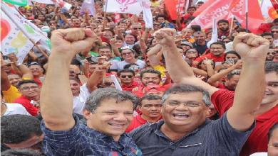 Foto de Flávio Dino diz que Eduardo Bolsonaro é filhote de fascista
