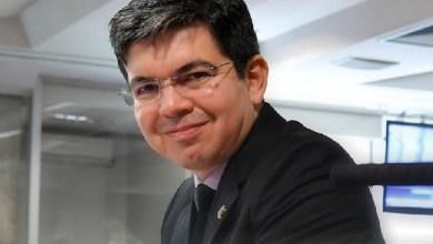 Photo of Senador Randolfe Rodrigues vai pra cima de Bolsonaro