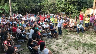 Foto de Deputado diz que Flávio Dino paga dívida de campanha com sangue dos moradores do Cajueiro