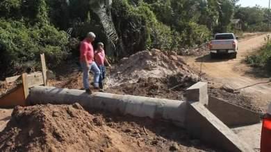 Photo of Prefeito Zé Martins vistoria obras em Bequimão-MA