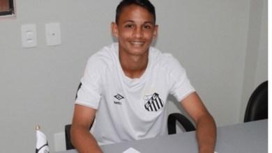 Photo of Maranhense assina contrato de R$ 455 milhões com o Santos-SP