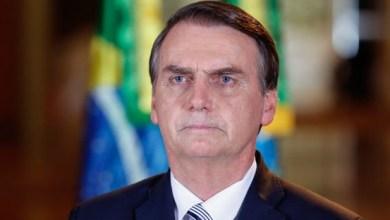 Foto de Prisão de Queiroz faz Bolsonaro ficar mudo
