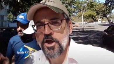 Photo of Bolsonaro pode se complicar ao corrigir data de exoneração de Weintraub