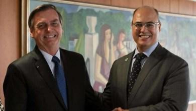 Photo of Witzel na mão da ALERJ e Bolsonaro no colo do Centrão