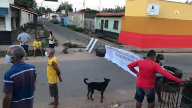Photo of Moradores do São Bernardo interditam importante via do bairro