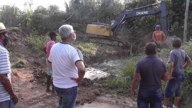 Foto de Prefeito Zé Martins vistoria obras nos povoado Pericumã, Vitório e Zé Felipe