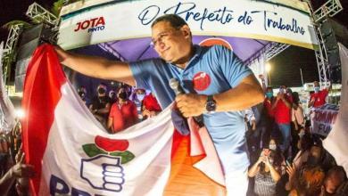 Foto de Jota Pinto oficializa candidatura a Prefeitura de Ribamar-MA