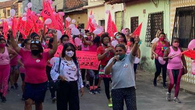 Foto de Fátima Araújo participa de caminhada em alusão ao Outubro Rosa