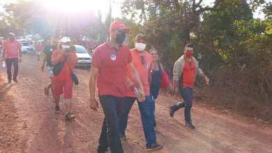 Foto de João Martins e Magal visitam moradores do povoado Floresta