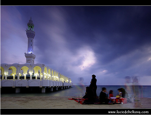 Masjidka-dabaalanaya-subaxa-hore-oo-ku-yaal-Jeddah-Saudi-Arabia