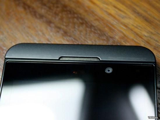 BlackBerry 10 L Camara Frontal