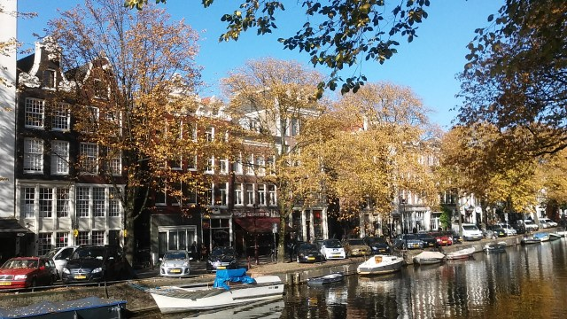 amsterdam budget travel guide