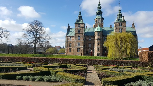 rosenborg castle budget travel guide to Copenhagen