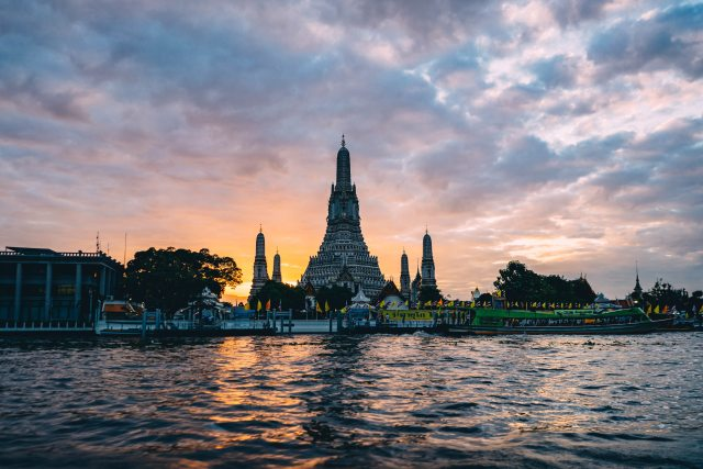 wat Arun 3 days in Bangkok