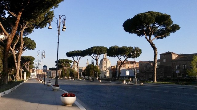 rome Italy travel photo budget travel tips non touristy things to do
