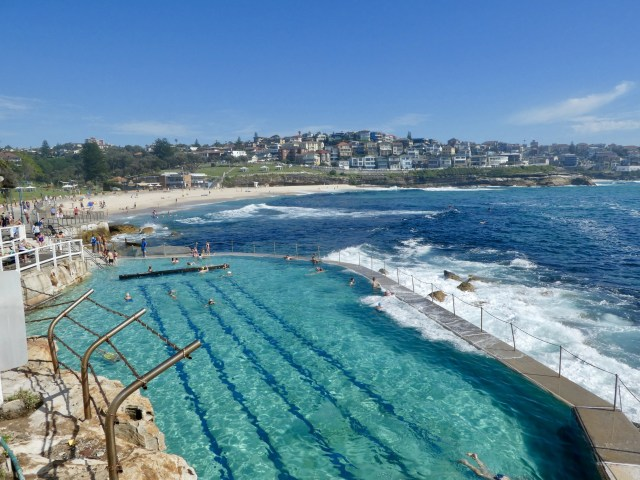 Bronte beach travel Australia working holiday visa