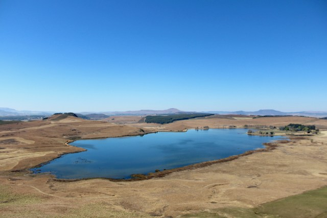 lake drakensberg sani pass