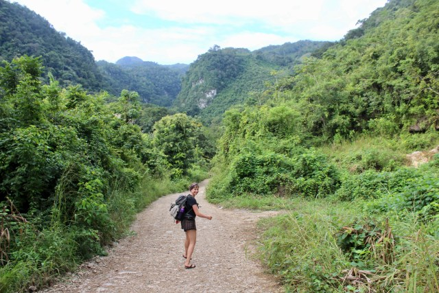 lea hiking budget travel guide Semuc Champey Guatemala