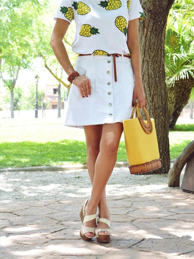 Falda y camiseta de piñas 4